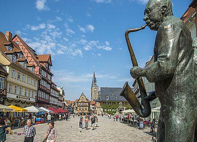 Der Quedlinburger Markt mit den Münzenberger Musikanten